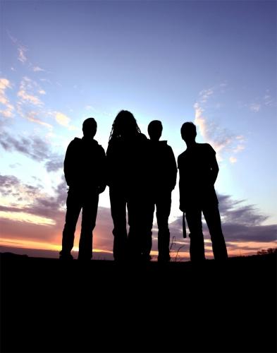 perlaine-band-silhouettes_13.jpg